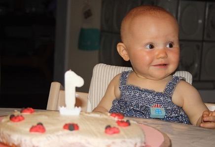 Emmas erster Geburtstag
